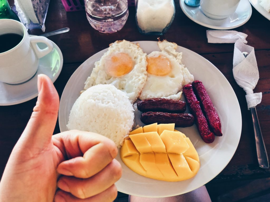 Filippino breakfast at Dawi's Siargao
